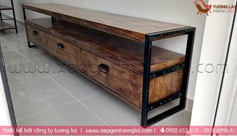 Tủ gỗ tivi vi giả cổ -Gia công chân bàn sắt