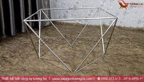 bàn sofa chân inox kiểu